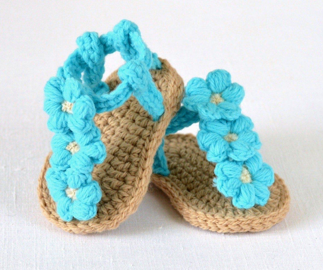 CROCHET PATTERN Baby Sandals with Little Puff Flowers