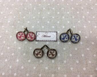 Earrings hanging of 16 mm.
