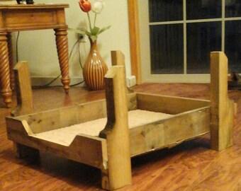 Distressed wood Pet furniture bed