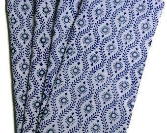 cloth napkins/ dinner napkins/ printed dinner napkins/ blue napkins / everyday napkins/ wedding gifts/ indian napkins