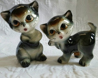 Vintage big eyed CATS salt and pepper shakers