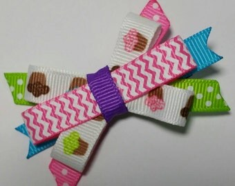 Cupcake bow, Itty Bitty baby bow, cupcake hair clip, photo prop, Cupcake birthday party sweet shoppe, Candy bow hair accessory, kawaii baker