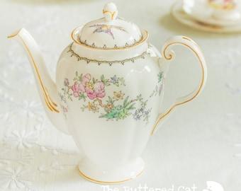 Lovely hand-coloured Tuscan bone china coffeepot / teapot
