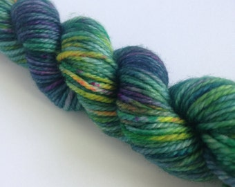 Lilly pond, 100% wool, hand dyed,