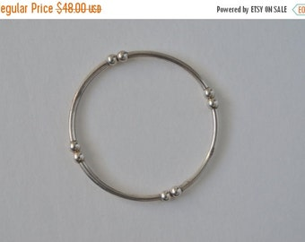 SALE Vintage Italy Sterling Silver 925 Tube Bead Stretchy Bracelet S1 Free shipping in the U.S.