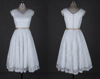 1920s 1950s Vintage Wedding Dresses Short Lace Cap Sleeve Boho Stunning Cute V Neck Tea Length Bridal Gown
