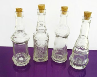 x8 (50ml) Glass Containers with Corks, Decorative Clear Glass Vials in sets of 8 units, Perfect for favors, perfume, salts, oils, decor...