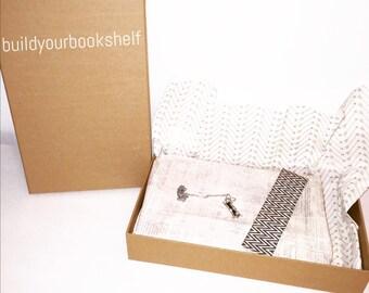 book/bookmark/jewelry