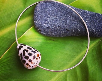 Bangle Bracelet with a Hebrew Cone Shell
