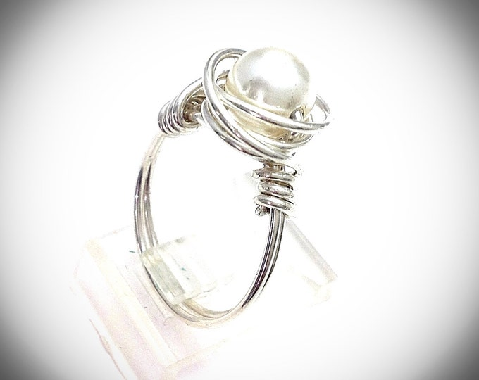 Sterling silver wire wrapped ring with double band and pearl