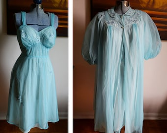 Medium - Vintage Artemis Nightgown / Peignoir Set
