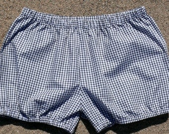 Black and white checked shorts for Iyengar Yoga-Yogabloomer-Shorts-Beach