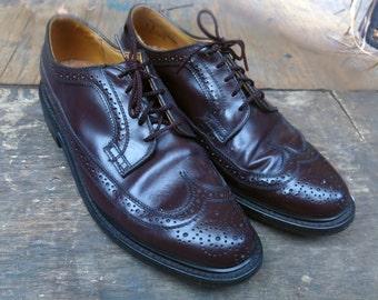 Oxblood Dexter Wingtip Vintage Brogues, Size 9 Mens US