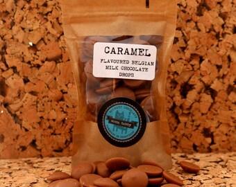 Caramel flavour milk chocolate drops
