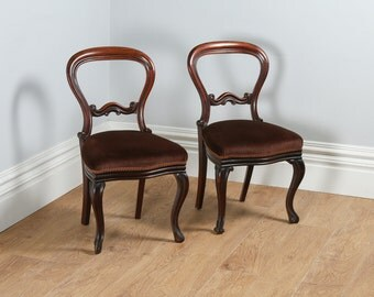 Antique English Pair of Victorian Cuban Mahogany Balloon Back Kitchen Dining Hall Chairs (Circa 1850)