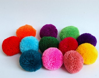 12 Pieces of Handmade Colorful 5 cm Pom Poms in Mixed Colors