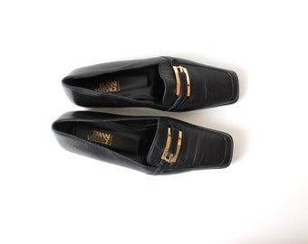 GIANNI VERSACE Black Leather Shoes with Gold Signature Buckle Size 37/4/6,5