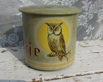 OWL * Luna-Cigars/La Bolsa cigar factory Camps Holland/Around Cigars look/forest animals/Owl/Vintage retro Tin/non-were