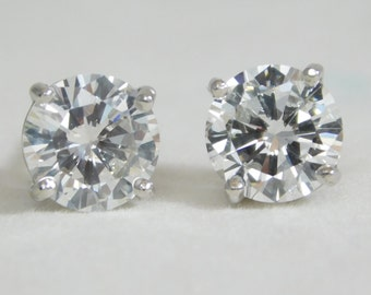 Exquisite 2.50 Carat Diamond Stud Earrings