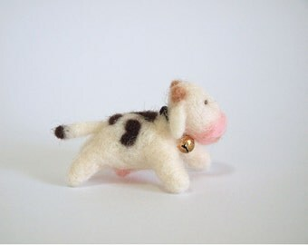 Needle Felted Cow - Felted Cow - Felted Cow with Bell - Felt Cow