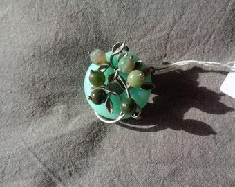 Vintage Brooch Green Jade
