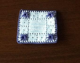 Under crochet mug