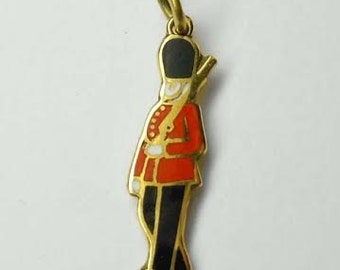 9ct Gold Enamel English Queens Royal Guards at Buckingham Palace Bobby 9Kt Great Britain British Charm Pendant