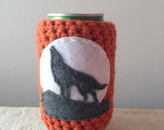 Howling Wolf Crochet Spirit Animal Cozy in Pumpkin, Reusable Cup Cozy, Reusable Crochet Coffee Sleeve, Can Cozy, Coffee Cozy by Maroozi