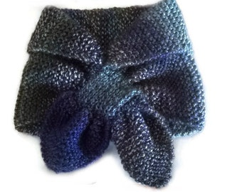 Blue Keyhole scarf, Hand knitted Ascot scarf, Neck Warmer Headband, Short Scarf winter scarflette hand knitted scarves stay put scarves