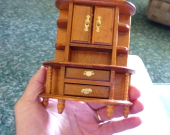 Wooden Dollhouse Furniture, Miniature furniture, Old dollhouse furniture, collectible dollhouse furniture, small Bedroom furniture