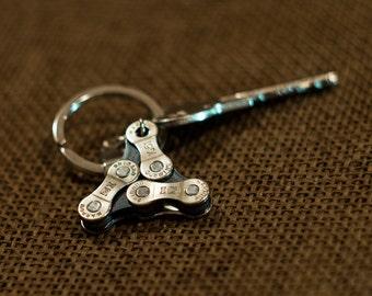 Metal Keyring, Metal Keychain, Bike Accessory, Cyclist Gift, Cyclist Keychain, Bicycle Chain Keychain, Bike Chain Keyfob, Bike Keychain