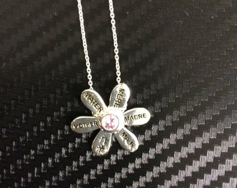 Mother's Day flower necklace several languages