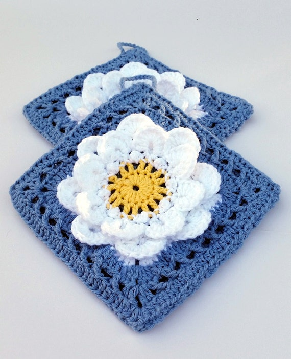 Daisy Crochet Cotton Potholders - Spring Kitchen - Hot pads - Kitchen Accessory - Kitchen Decor - Flower Potholder - Thick Pot Holders