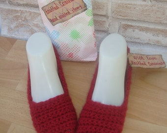 Crochet Womens Slippers, Cozy Warm Women Slippers, Cherry Red Home Shoes, Comfortable Slippers Sock, Healthy Gift, Rustic slippers, Traveler