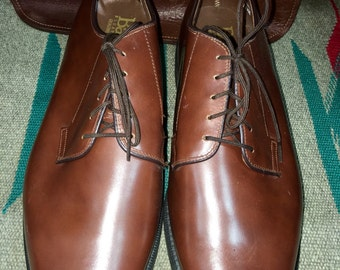 Reserved for kiktheclown--Vintage Bates Floataways Brown Leather Men's Dress Shoes Size 11.5E--Made in the USA