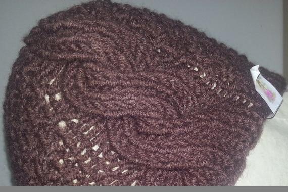 Brown cap-mod. Greyre Clochè designed by Heidi May