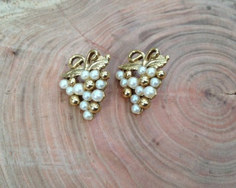 Vintage Grapevine Stud Earrings