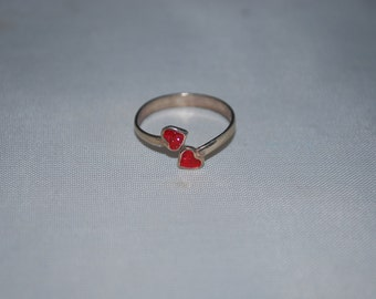 Sterling silver ring size 5 with enameled red hearts