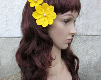 2 Yellow Hair Flowers, Yellow Hair Pins, Yellow Flower Girl, Yellow Hair Clips, Rockabilly Pinup, Pinup Hair Flowers, 50s The Velvet Begonia
