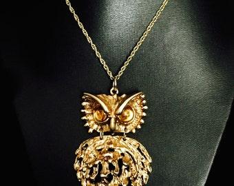 Vintage 60's Owl Movable Pendant Necklace     VG0742