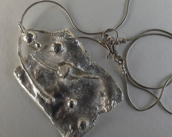 reticulated silver pendant and chain