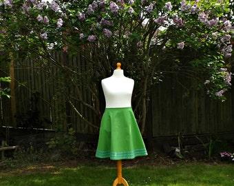 Vintage Style Extra Flare Skirt, 50's Style Skirt, Embroidered Skirt, Floral Skirt, Green Skirt, Cotton Skirt, Women's Skirt, Forget-Me-Knot