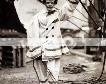 Creepy Scary Circus Clown Vintage Antique Photograph - Digital Download Printable Image - Paper Crafts Scrapbooking Altered Art - Clowns