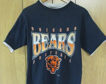 Vintage Chicago Bears football t-shirt 90's hipster NFL Chicago bears tshirt retro football tee - Medium/Small