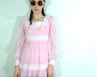 1960s Pretty Peasant In Pink Mini Dress