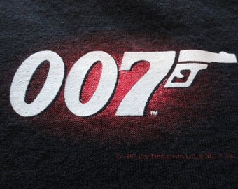 vintage 007 James Bond t-shirt / vintage 1990s movie shirt / vodka martini / shaken not stirred / Large
