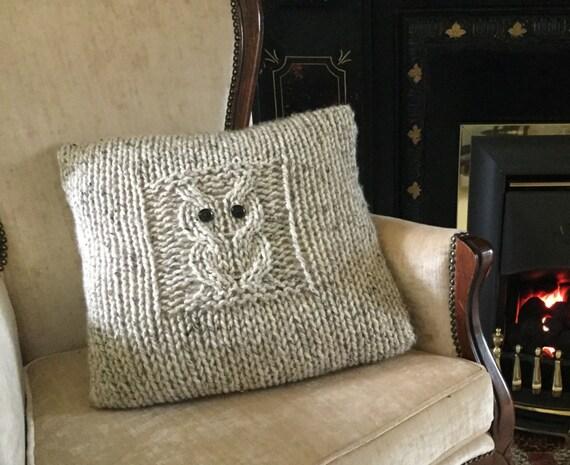 Knitting Pattern Envelope Cushion : PATTERN Big Owl cushion cover envelope/button opening