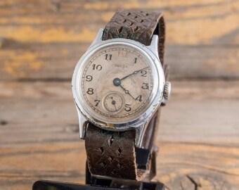 Vintage Pobeda mens watch red 12, vintage russian watch ussr ccp soviet watch
