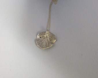 "Pure Silver ""LEAF"" Pendant NECKLACE    1135"