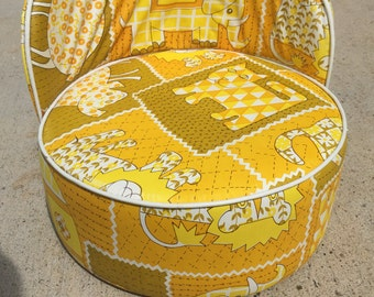 Vintage/Retro Booster Seat/Chair